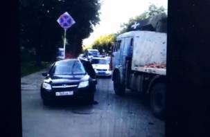 Последствия серьезной аварии с КамАЗом под Смоленском сняли на видео