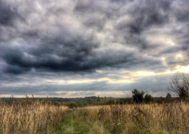 В пятницу смолян ожидает порывистый ветер и дожди