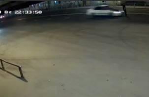 Розыск очевидцев. На улице Беляева насмерть сбили пешехода