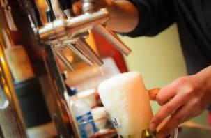 В России предлагают ввести запрет на продажу алкоголя до 21 года