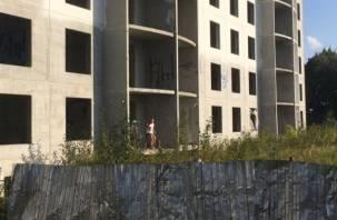Недострой «Витебского квартала» в Смоленске ждет новую жертву