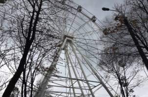 Новогоднее чудо? Колесо обозрения в Смоленске теперь обещают запустить в декабре