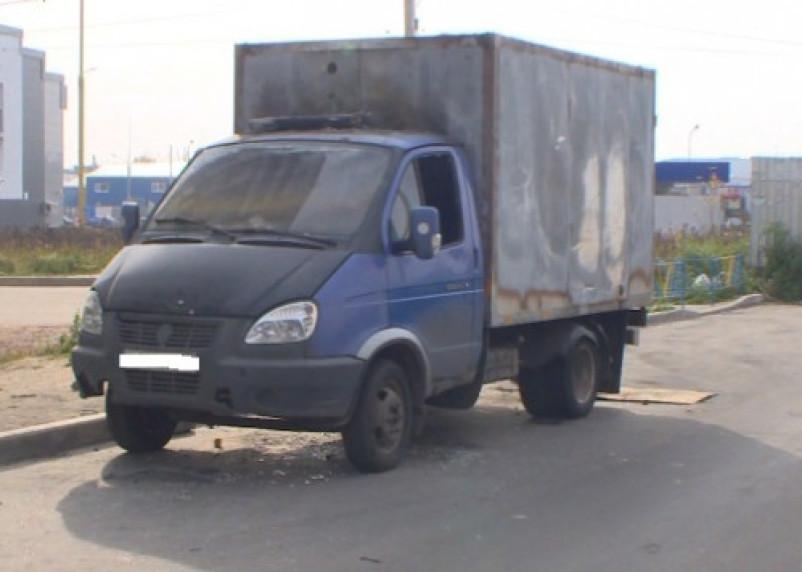 За угрозу увольнением сотрудник спалил машину работодателю в Смоленске