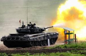 В Смоленской области прошли танковые стрельбы
