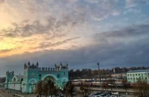 Смоленск попал в рейтинг городов, куда россияне едут на 8 марта