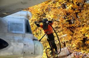 В Смоленске устроили «банный день» для военного самолета