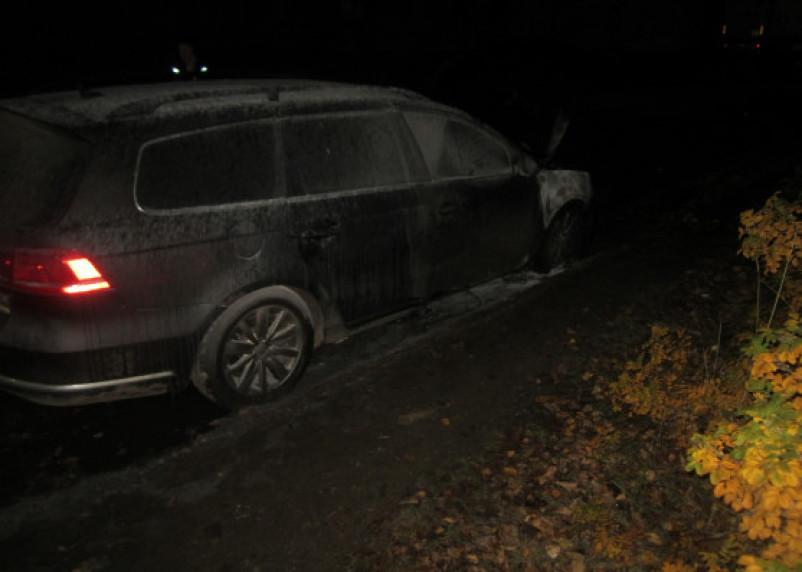 В Смоленской области загорелась иномарка