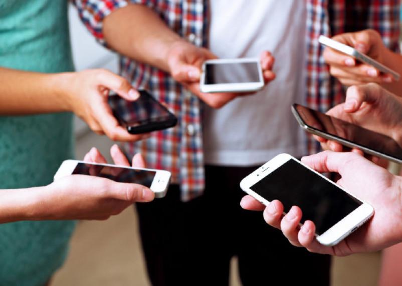 Смартфоны Samsung впервые за два года стали самыми покупаемыми в Смоленской области
