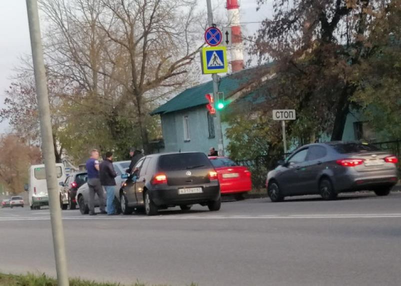 В Смоленске на Витебском шоссе сбили женщину