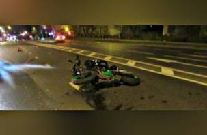 Не уступил дорогу. В Смоленске водитель «Рено» сбил мотоциклиста