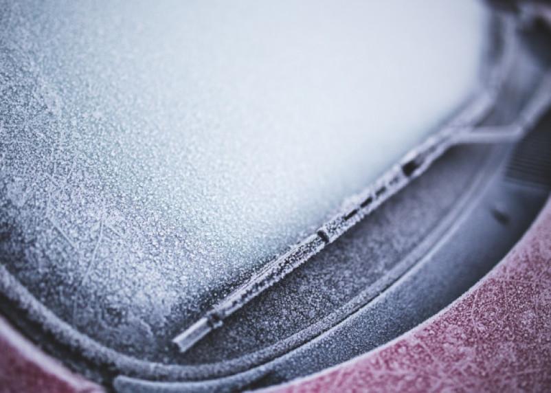 Почему необходимо прогревать двигатель автомобиля зимой?
