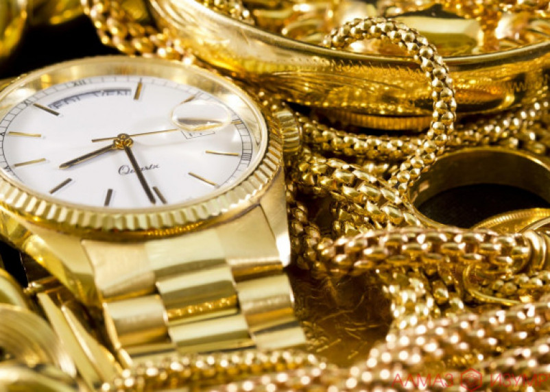 Смолянин вынес золото из квартиры спящего друга