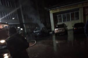 В Рославле горели машины с фейерверками?