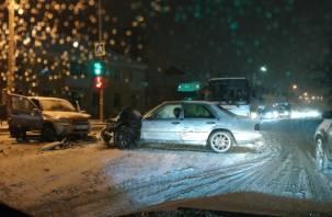В Смоленске из -за ДТП Витебское шоссе стало в пробке