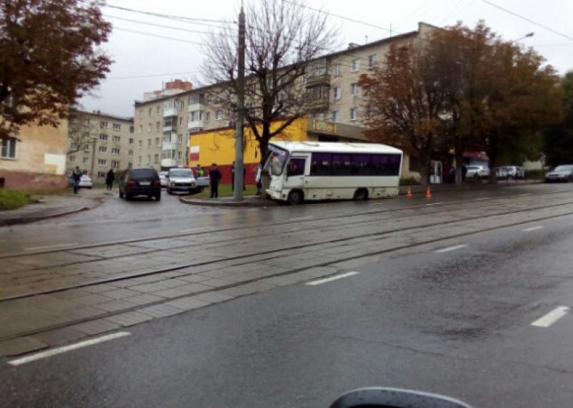 Директора транспортной компании наказали за ДТП с автобусом в Смоленске