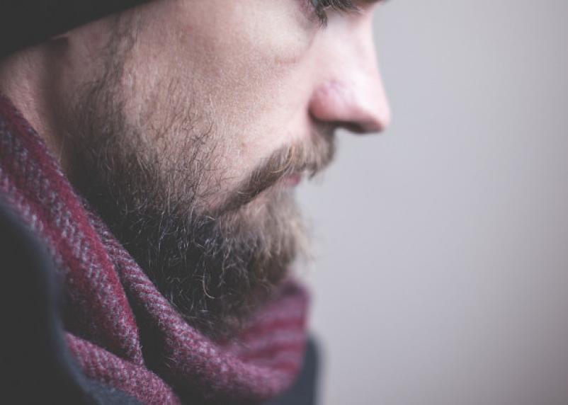 Больше вреда, чем пользы. В чем опасность усов и бороды зимой