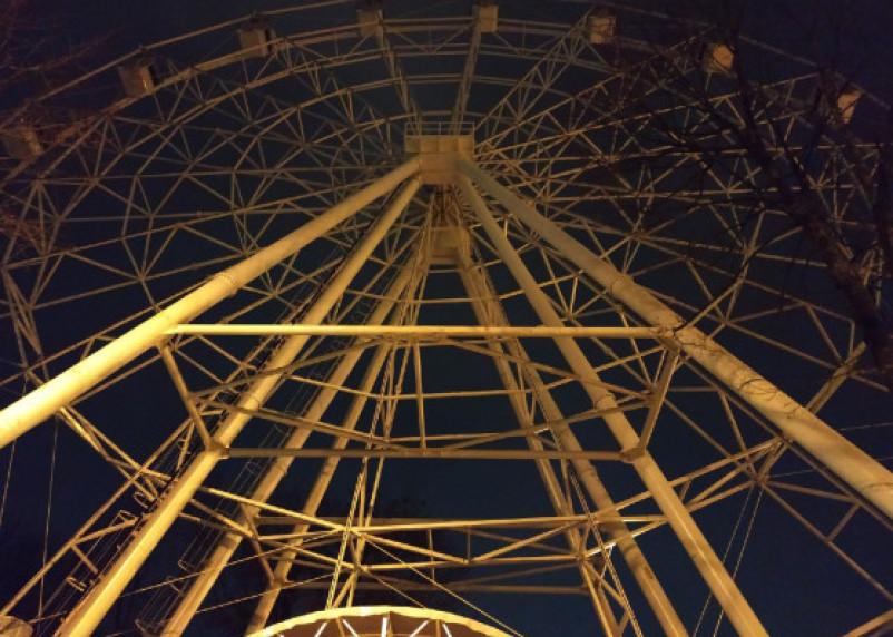 В Смоленске снова пытаются запустить колесо обозрения