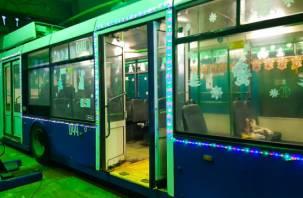 Завтра в Смоленске появятся нарядные трамвай и троллейбус