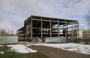 В Десногорске снесут недостроенное здание спортивного комплекса