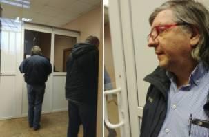 Андрей Огарков прибыл в Смоленск на очную ставку со своим братом