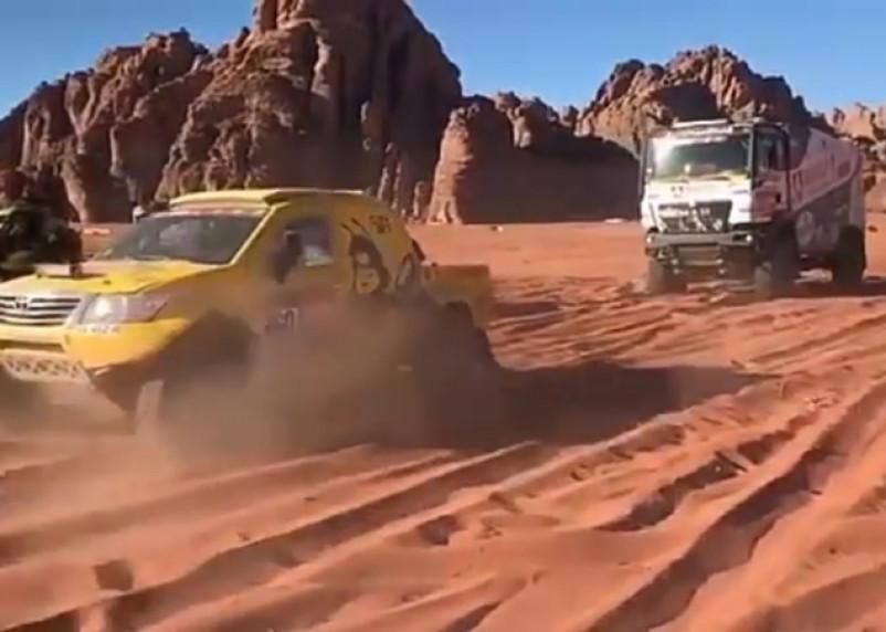 Смолянин застрял в песках «Дакара»