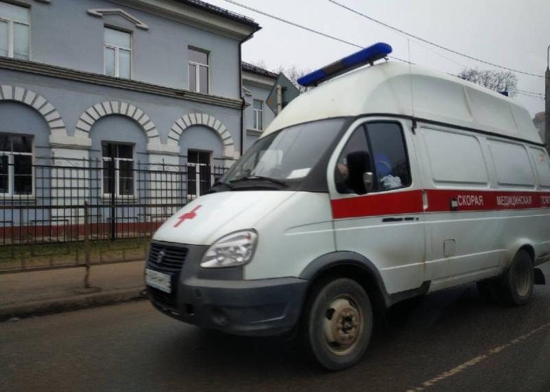 В Смоленском районе иномарка снесла молодого человека