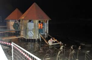 Россиян предупредили об опасности крещенских купаний в пандемию