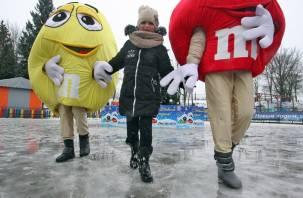 Как в центре Смоленска отмечали новый год под дождем
