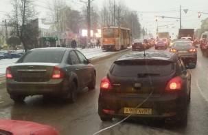 В Смоленске ДТП спровоцировало пробку