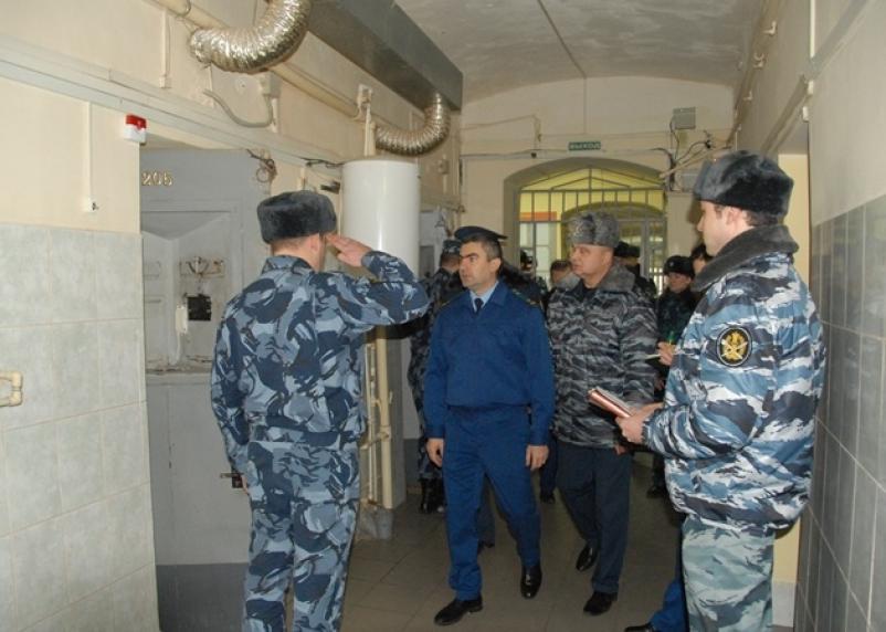 Прокуроры выявили нарушения в СИЗО в Смоленске