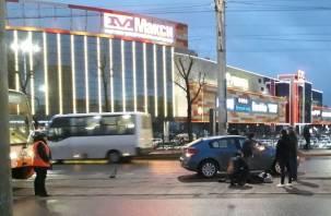 В Смоленске на 25 Сентября иномарка сбила пешехода