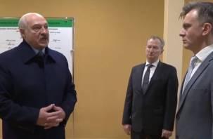 «Нас раком поставили». Лукашенко воюет за газ по смоленской цене