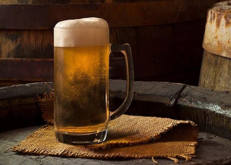 Врачи назвали самый опасный алкогольный напиток
