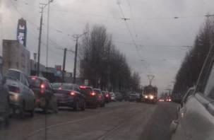 Комбо. Из-за аварии с трамваем на Шевченко собралась внушительная пробка