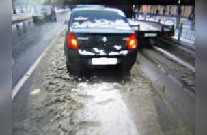 Девушка пострадала в аварии с «Нивой» на Нахимова в Смоленске
