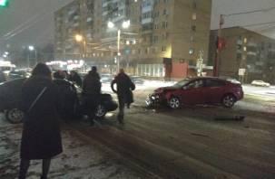 Водитель «Лады» погиб. Подробности жесткого ДТП на Кирова