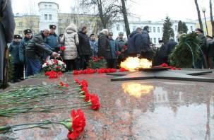 В Смоленске прошёл митинг, посвященный Дню защитника Отечества