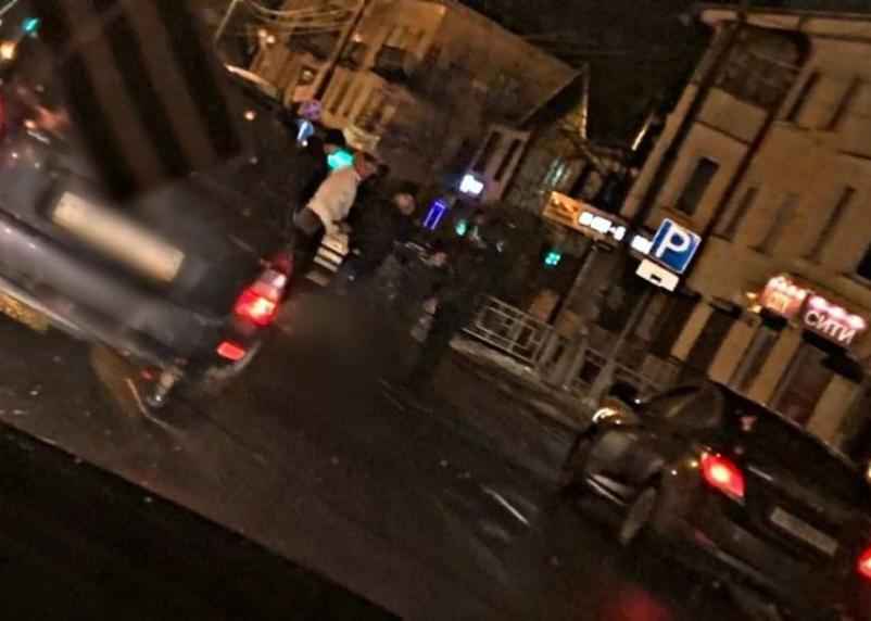 На улице Кирова 21-летний смолянин угодил под колеса «Лады»