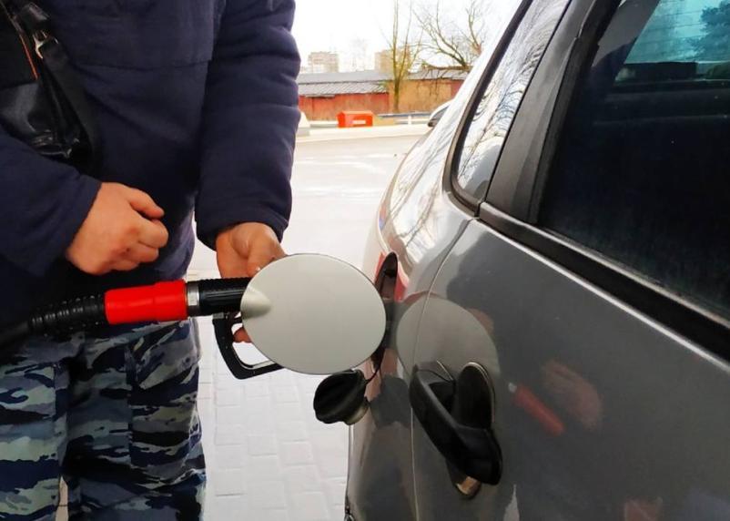Дешевле только в Казахстане. Россия заняла второе место в Европе по дешевизне бензина