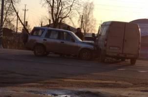В Смоленске на Южном произошло ДТП