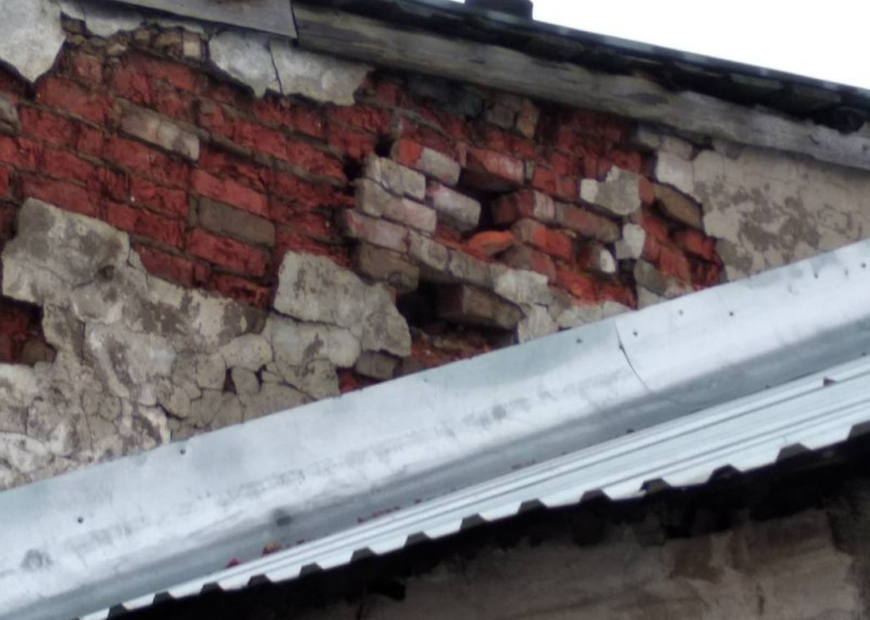 Зданию более 80 лет. В смоленской общественной бане обрушился потолок