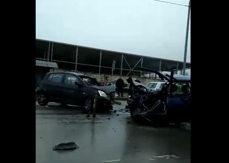 В Смоленске на Рославльском шоссе жёсткое ДТП с пятью машинами перекрыло дорогу