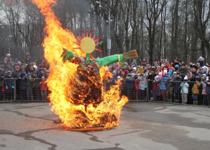 В Смоленске начинается Масленичная неделя.  Полная программа мероприятий в Смоленске