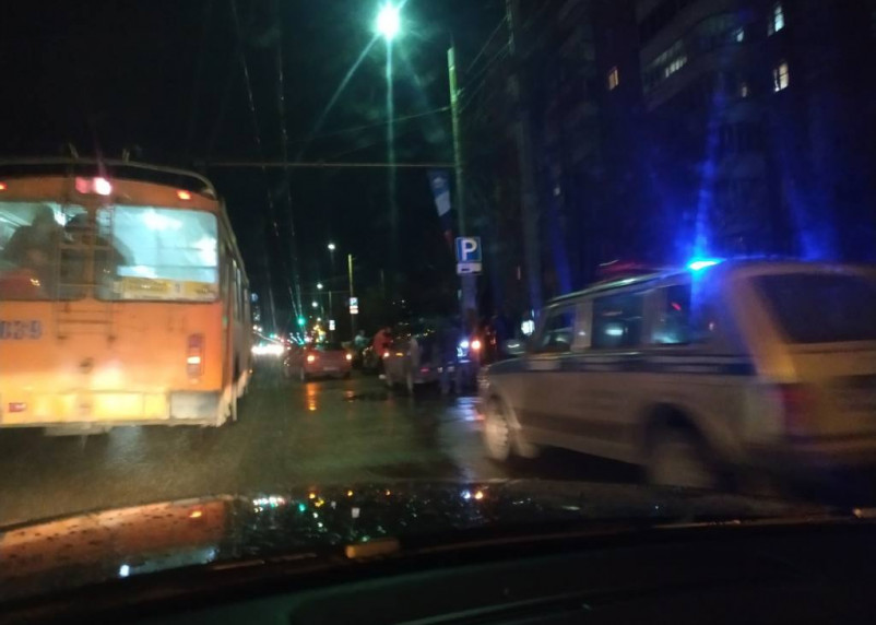 В массовом ДТП на улице Кирова пострадал подросток