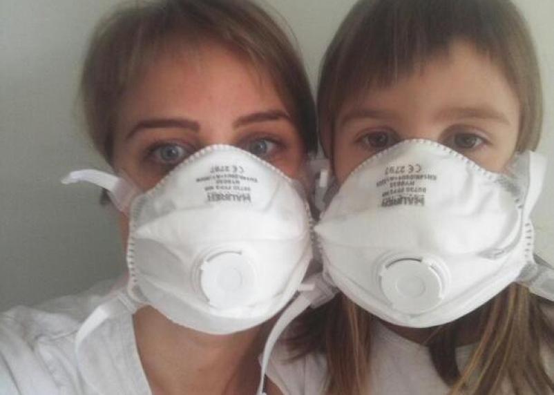 «Полки опустошили, маски – под 80 евро». Смолянка рассказала о панике из-за коронавируса в Италии