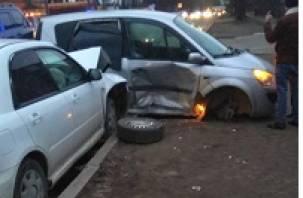 В тройном ДТП в Смоленской области пострадали два человека