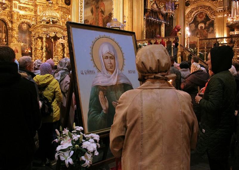 В Смоленск привезут икону и мощи святой Матроны Московской