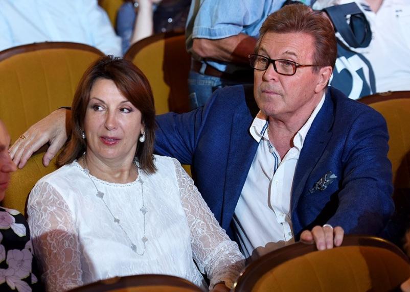 Лев Лещенко с супругой оказались в больнице с подозрением на коронавирус