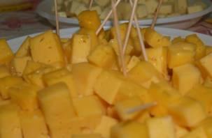 Эксперты проверили сыр «Российский»