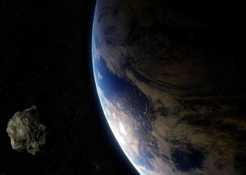Размером со стадион. К Земле приближается астероид